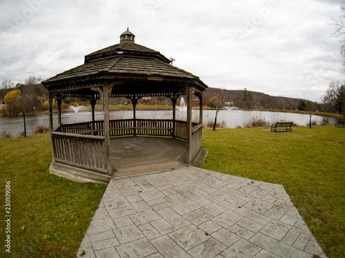 Fotografie, Obraz  wide angle view of lake with gazebo