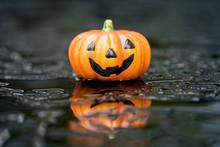Halloween Regen Feiern