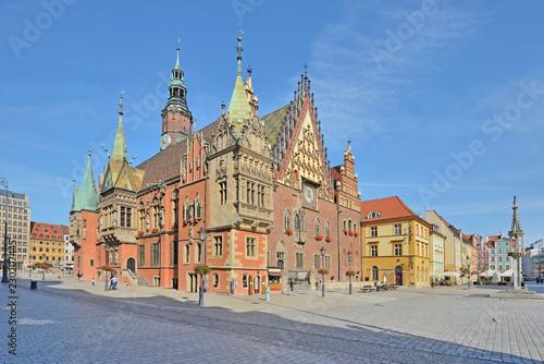 Ratusz we Wrocławiu, Polska