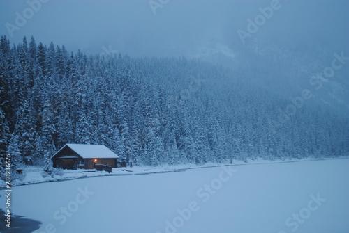 Fotografía Lake Louise in winter, Alberta, Canada