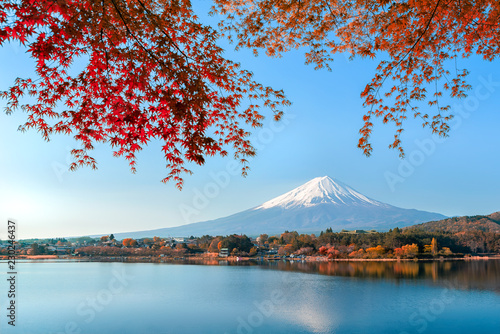 Keuken foto achterwand Foto van de dag Mount fuji at Lake kawaguchiko with sunrise in the morning and Autumn colorful red maple leaf.