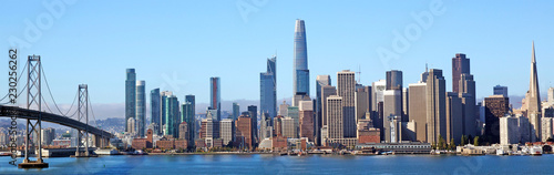 Poster Batiment Urbain Colourful skyline of San Francisco, California