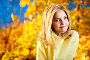 Fototapeta yellow bright autumn