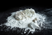 Quicklime And Slaked Lime Powder