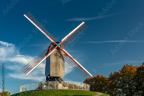 Foto op Plexiglas Brugge Sint-Janshuismolen, a windmill in Bruges