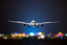 Airplane Take Off / Landing At Night