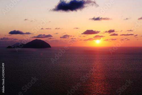 Papiers peints Pays d Afrique Sicilia, tramonto in mare