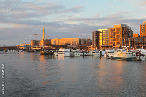 The Wharf and buildings at the DC Waterfront Canvas-taulu
