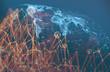 Concepto de trabajo en red e internet. Telecomunicación global y negocios de tecnología.Mapa del mundo y malla