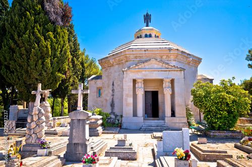 Obraz na płótnie Cavtat graveyard and The Racic Mausoleum view