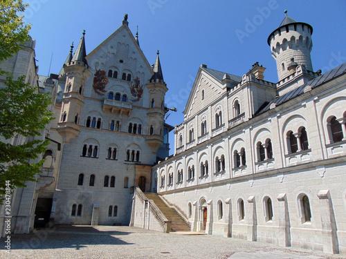 Vászonkép in the courtyard of the Neuschwanstein castle