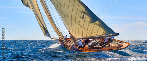 Spoed Foto op Canvas Zeilen Sailing yacht race. Yachting. Sailing. Regatta