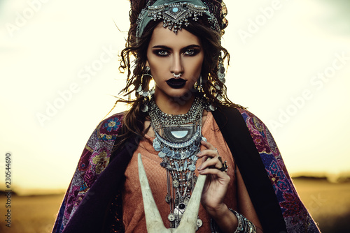 Photo sur Aluminium Gypsy magnificant fortune teller