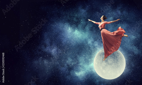 Fotografie, Obraz  Dance is her passion