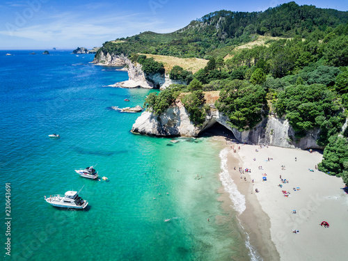 Spoed Foto op Canvas Cathedral Cove Arial view of Cathedral cove in Coromandel Peninsula, New Zealand