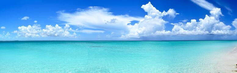 Turks & Caïcos, Grace Bay - Fifty Shades of Blue