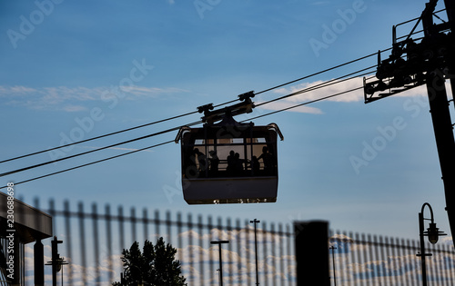 фотография  Cable Cars Crossing Montmorency Falls