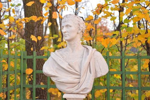 Foto op Plexiglas Historisch mon. Statue of Marcus Ulpius Nerva Traianus.