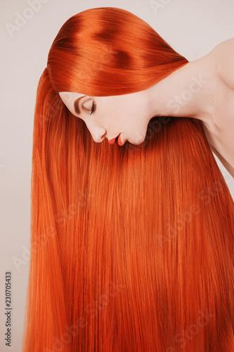 Cuadros en Lienzo Redhead girl with brilliance long hair