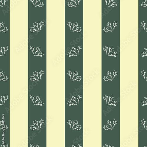 Fotografie, Obraz  Botanical flowers in a victorian style vertical stripe