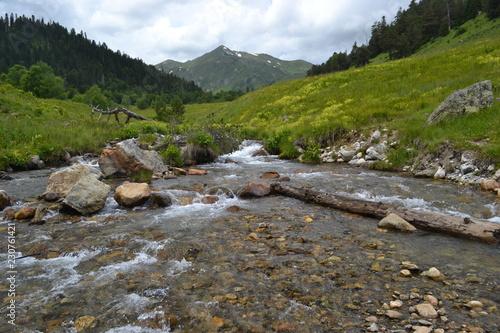 montagna Dukka, Kavkaz