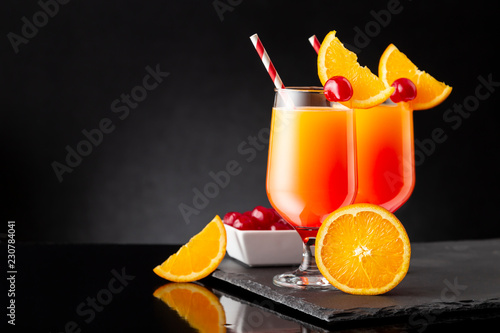 Keuken foto achterwand Cocktail Tequila sunrise