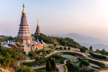 Phra Mahathat. Two Chedis - Na...