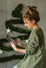 Writing Christmas E-card