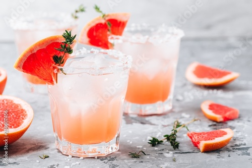 Grapefruit salty dog Cocktail
