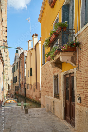 Fototapety, obrazy: Venice, nobody in the street and in the canal in a sunny summer day in Italy