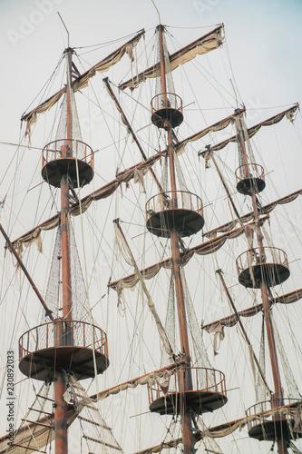 Keuken foto achterwand Schip masts of an old sailing ship
