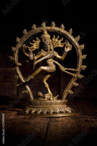 Obraz na płótnie Statue of Shiva Nataraja - Lord of Dance