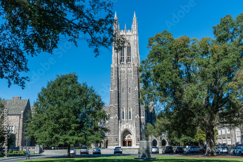 Front view of the Duke Chapel tower in early fall, Durham, North Carolina Fototapet