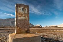 Memorial Stone For Amundsen-Ellsworth North Pole Airplane Expedition, Ny-Alesund, Spitsbergen Island, Spitsbergen Archipelago, Svalbard And Jan Mayen, Norway, Europe