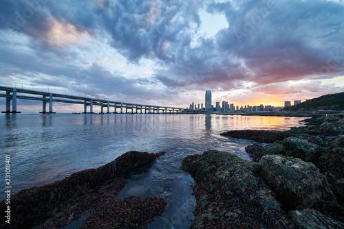 Fototapeten pier at sunset