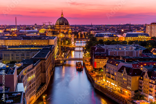 Poster Berlijn Aerial Berlin skyline panorama with TV tower and Spree river at sunset, Germany