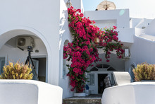 Traditional Greek House, Decor...