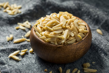 Raw Organic Slivered Almonds
