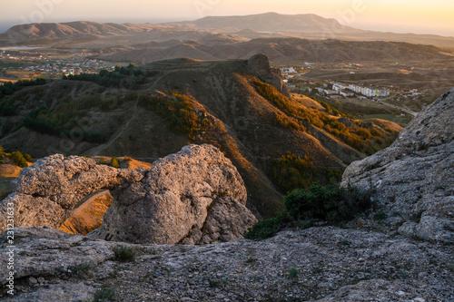 Tuinposter Cappuccino Mountain landscape