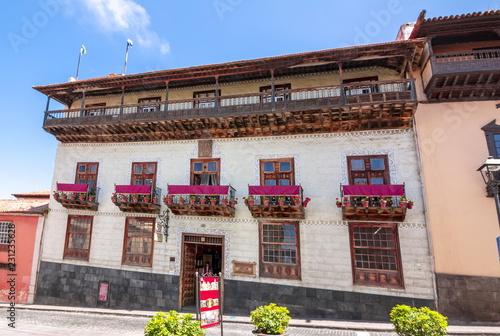 Poster Canarische Eilanden House of the Balconies (La Casa de los Balcones), La Orotava, Tenerife, Canary islands, Spain