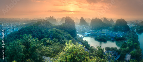 Staande foto Guilin Li River and Karst mountains Guilin, Yangshuo
