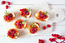 Holiday Crostini Appetizers Wi...