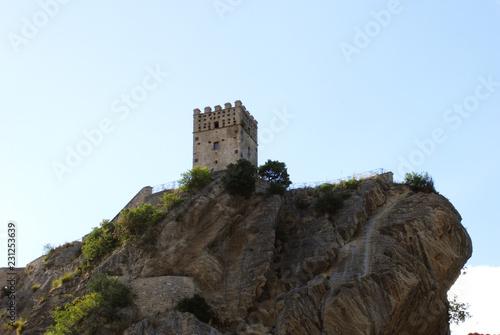 Foto  Castello di Roccascalegna in Abruzzo