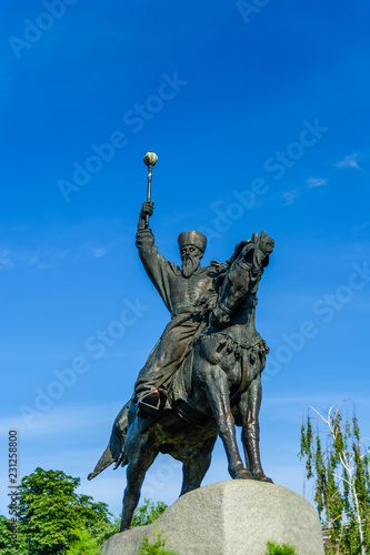 Foto op Plexiglas Historisch mon. Monument to hetman Petro Sagaidachnyi in Kiev, Ukraine