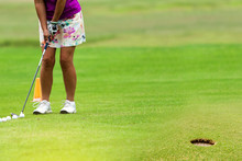 Ladies Golfers Spend The Holid...