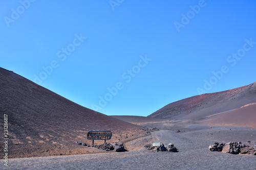 In de dag Lavendel Volcanic landscapes on Timanfaya.