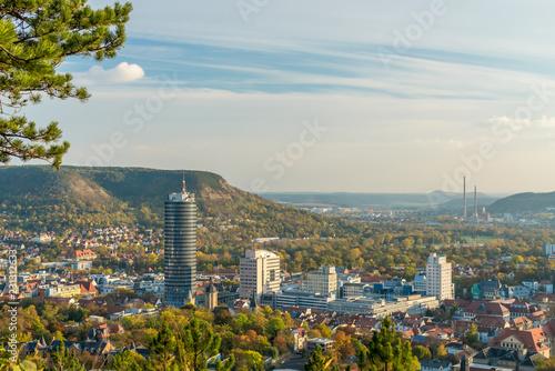 Fotografie, Obraz  Wunderschöne Aussicht auf Jena vom Landgrafenblick bei Sonnenuntergang