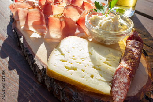 Foto op Canvas Buffet, Bar Speck salami and cheese with horseradish sauce