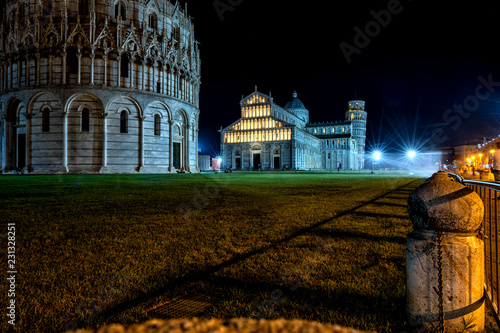 Foto  field of miracles, pisa.italy