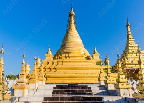 Spoed Foto op Canvas Asia land Sandamuni Pagoda temple at Mandalay city in Myanmar (Burma)